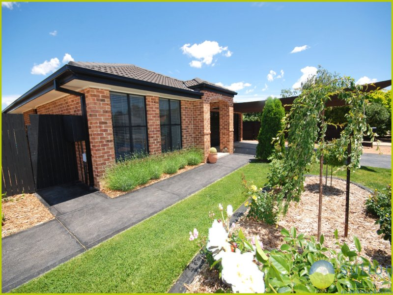 10 Falconer Place, Bungendore, NSW 2621
