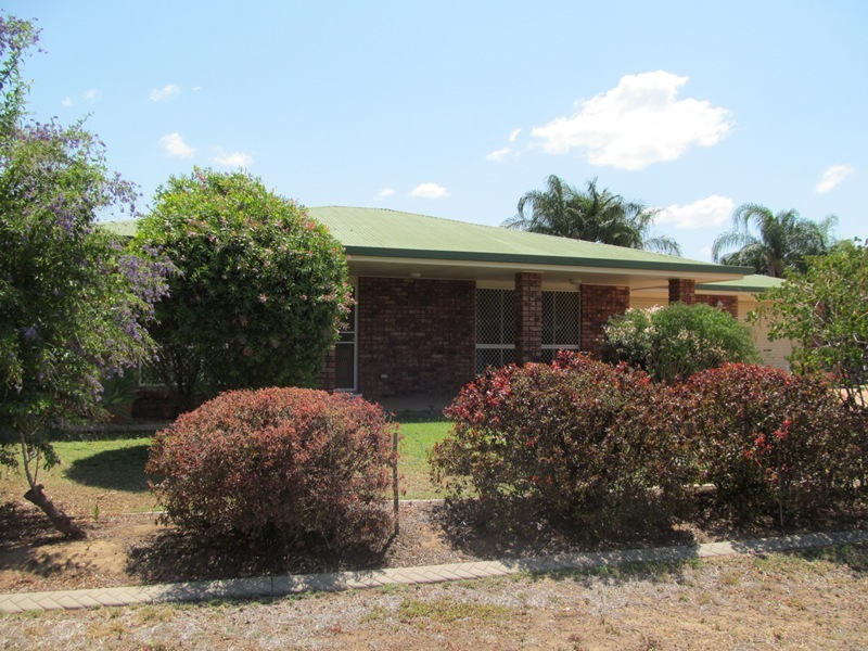17 Kidd, Emerald, Qld 4720
