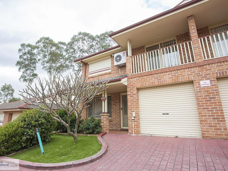2/5 Corella Road, Green Valley, NSW 2168