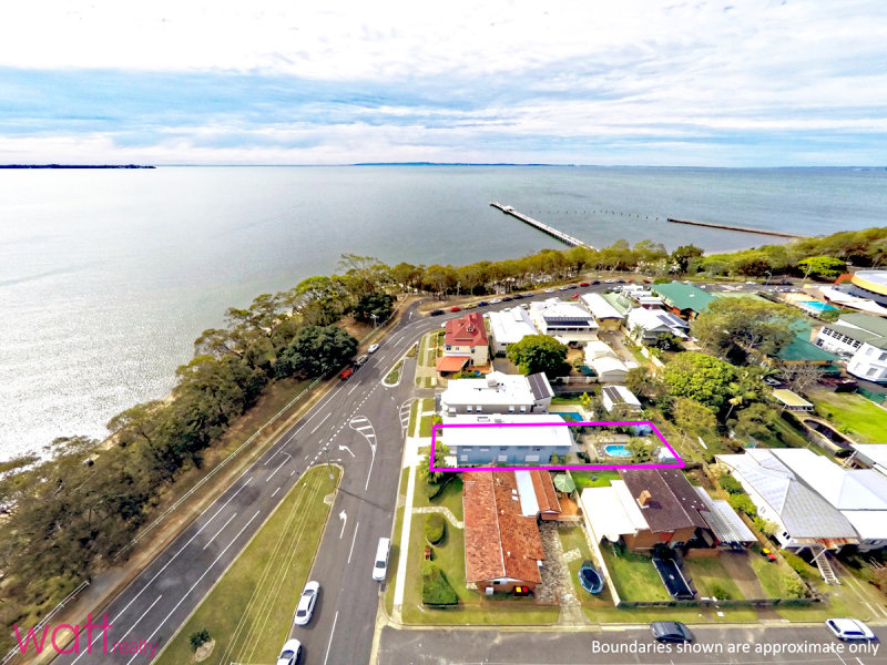 10 Signal Row, Shorncliffe, Qld 4017