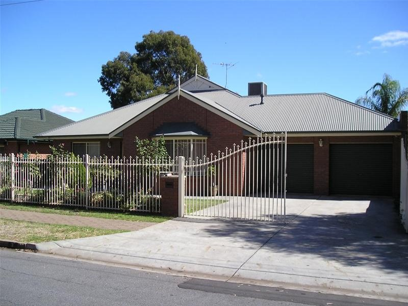3 Montrose Avenue, Para Hills, SA 5096