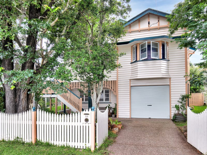 39 Richmond Street, Gordon Park, Qld 4031