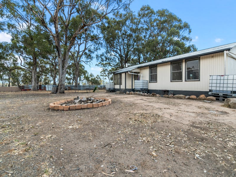 7 Barrymore Court, Miepoll, Vic 3666