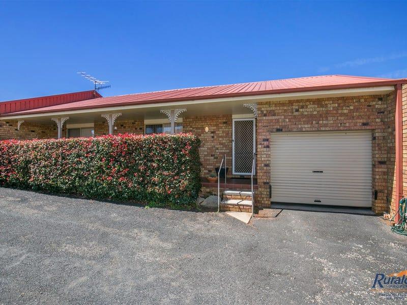 2/23 Balblair Street, Guyra, NSW 2365