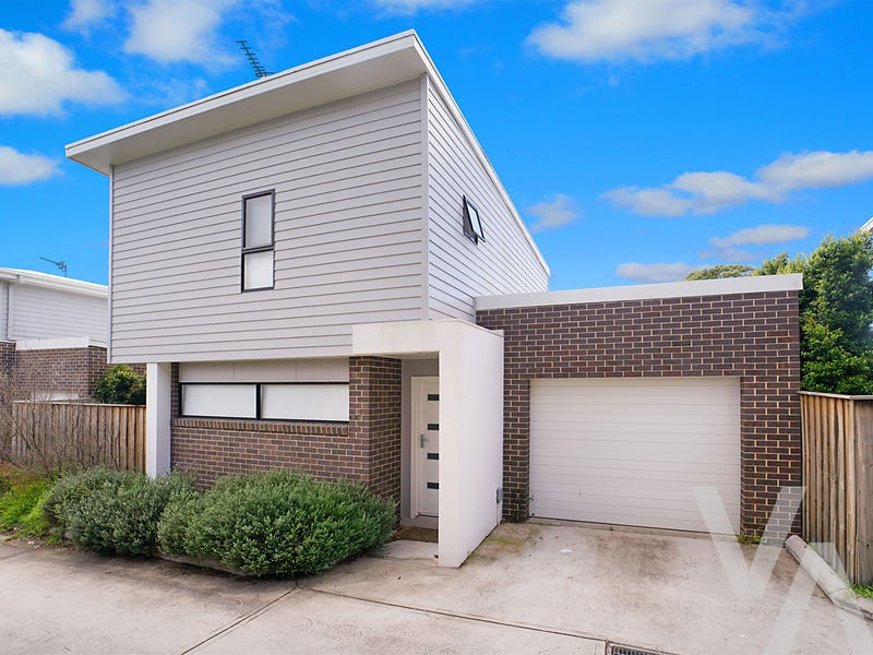 2/25 Mort Street, Shortland, NSW 2307