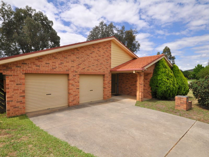 60 Crawshaw Crescent, Lavington, NSW 2641