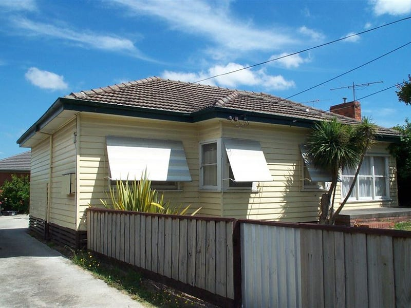 1/113 Clayton Road, Oakleigh East