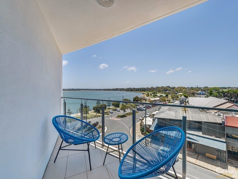 402/14 Oxley Ave, Woody Point