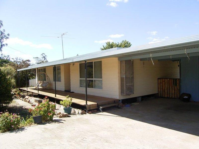 85 Howlong Road, Burrumbuttock, NSW 2642