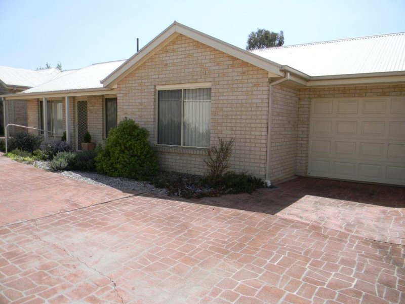 3/19 FAITHFULL STREET, Goulburn, NSW 2580