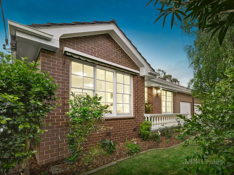 1/557 Whitehorse Road, Surrey Hills, Vic 3127