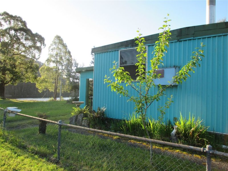 17 Lindsay Street, Tullah, Tas 7321
