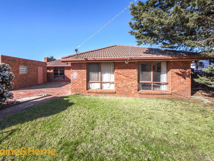 3 Stake Road, Diggers Rest, Vic 3427