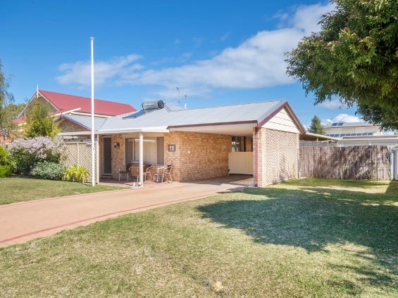 11 Barrett-Lennard Drive, Ledge Point, WA 6043