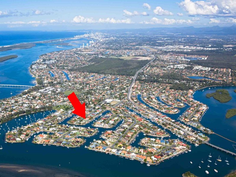 24 Drysdale Place, Paradise Point, Qld 4216