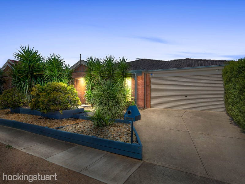 104 Westlake Drive, Melton West, Vic 3337