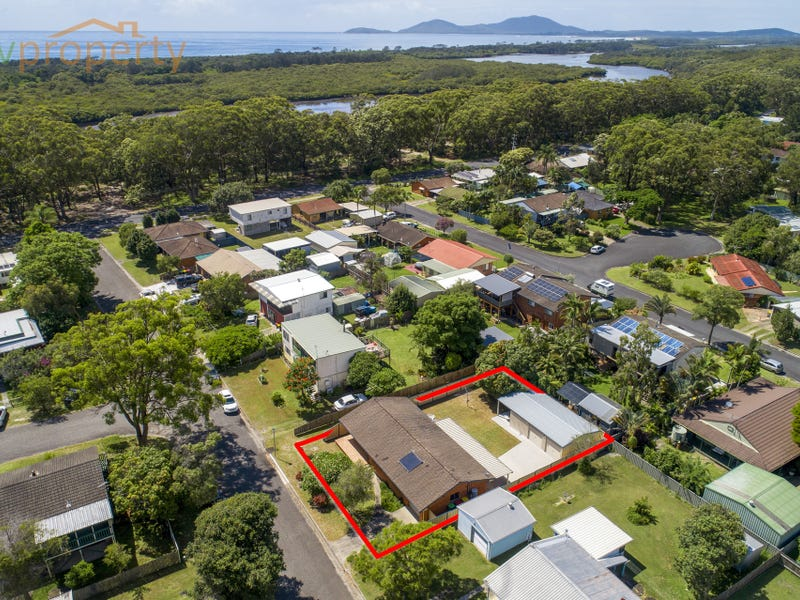 7 Thirteenth  Avenue, Stuarts Point, NSW 2441