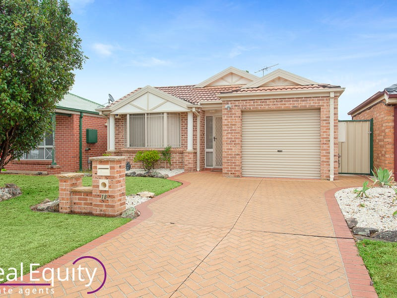 18 Chauvel Avenue, Wattle Grove, NSW 2173