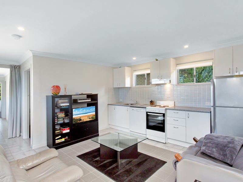 9A Lurnea Crescent, Forestville, NSW 2087