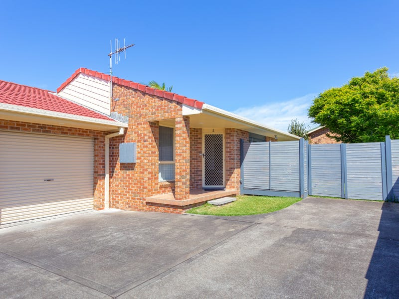 2/9 Carrabeen Drive, Old Bar, NSW 2430