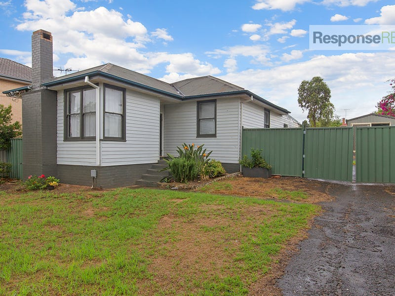 2 Tornaros Avenue, Penrith, NSW 2750