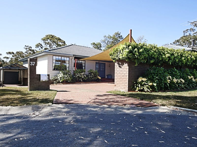37 Thomson Avenue, Springwood, NSW 2777