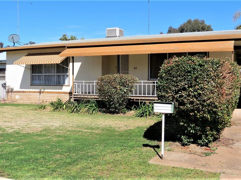 24 Creswell Street, West Wyalong, NSW 2671