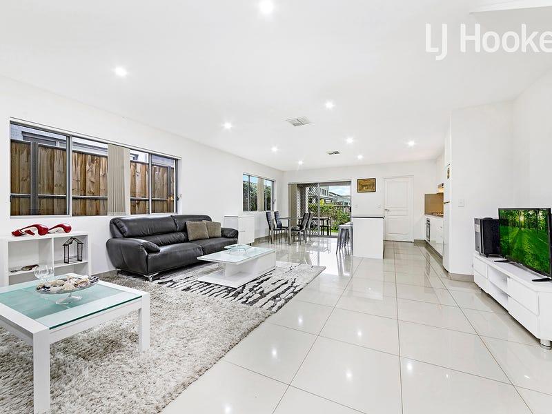 74 Dobroyd Drive, Elizabeth Hills, NSW 2171