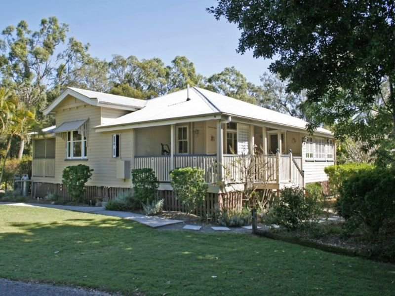 - New Cleveland Road, Gumdale, Qld 4154