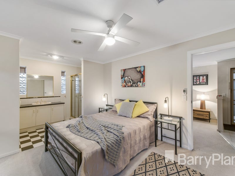 7 Sark Court, Hoppers Crossing, Vic 3029