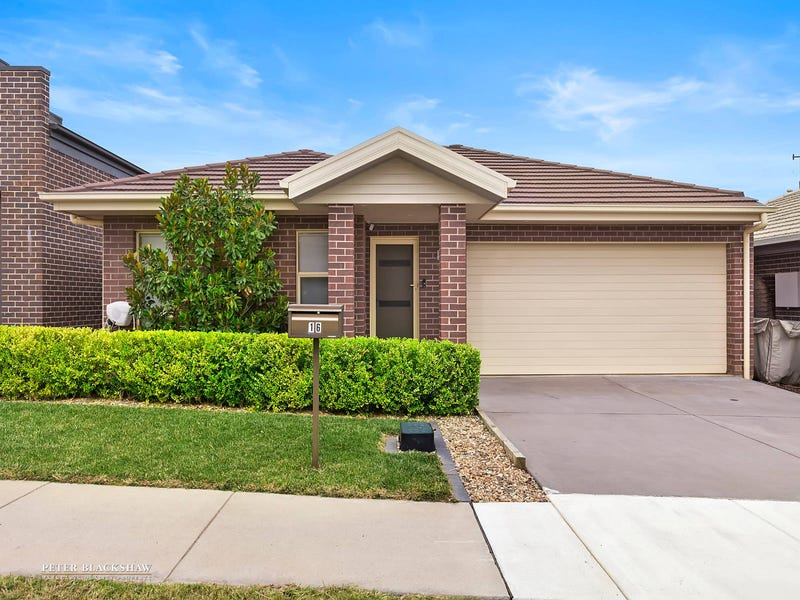 16 Marcus Street, Forde, ACT 2914