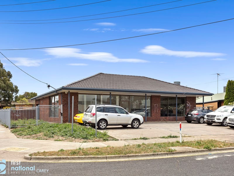 18 Norfolk Crescent, Corio, Vic 3214