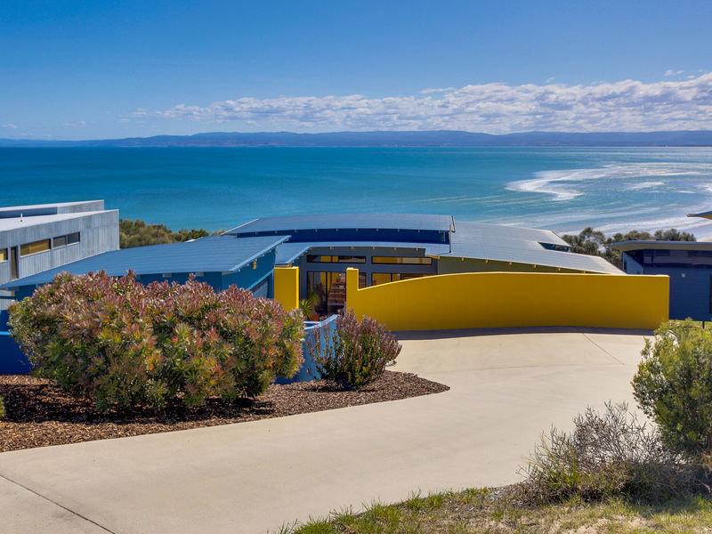 16 Meika Place, Coles Bay, Tas 7215