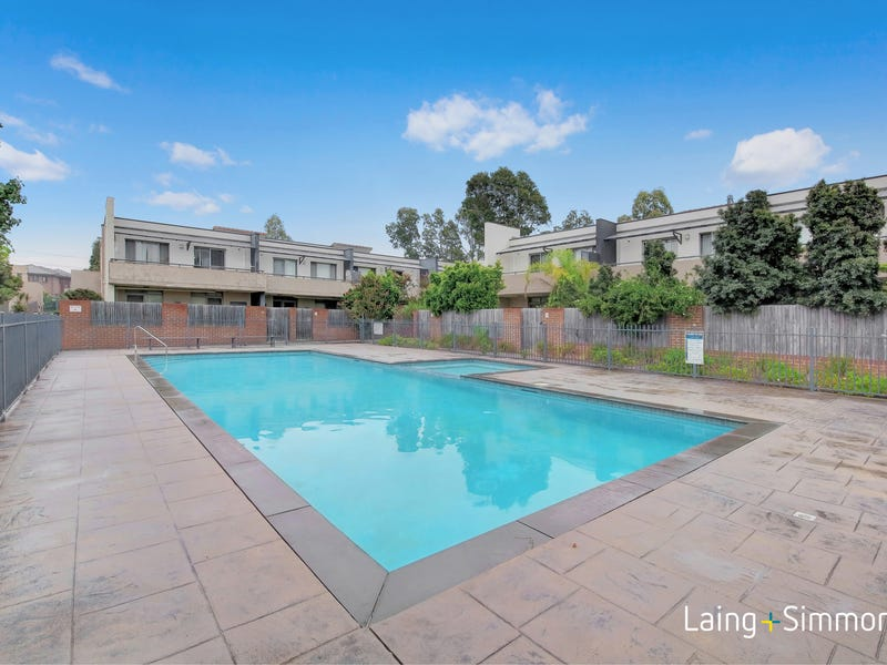 21/11 Glenvale Avenue (Enter via Avondale Avenue), Parklea, NSW 2768