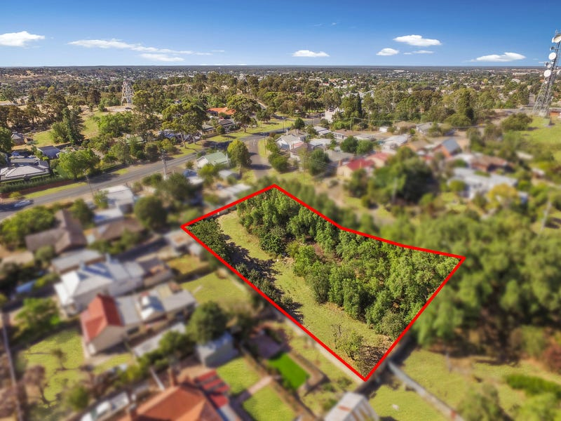 6 Marble Street, Golden Square, Vic 3555