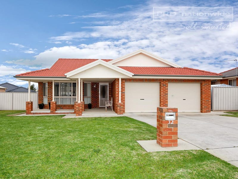 32 Nunkeri Street, Glenfield Park, NSW 2650