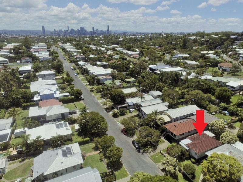 148 Morehead Avenue, Norman Park, Qld 4170