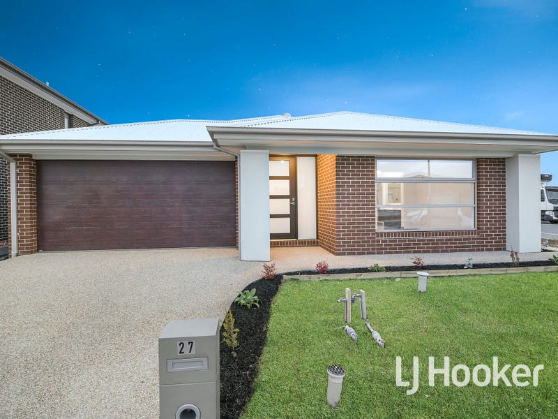 27 Merrin Circuit, Clyde North, Vic 3978