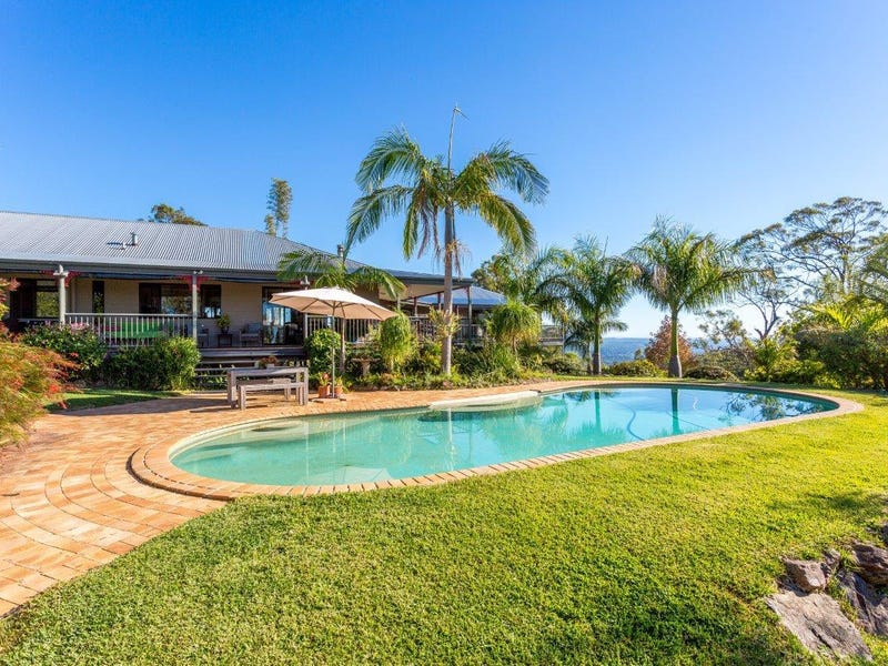 120 Chesterfield Drive, Bonogin, Qld 4213