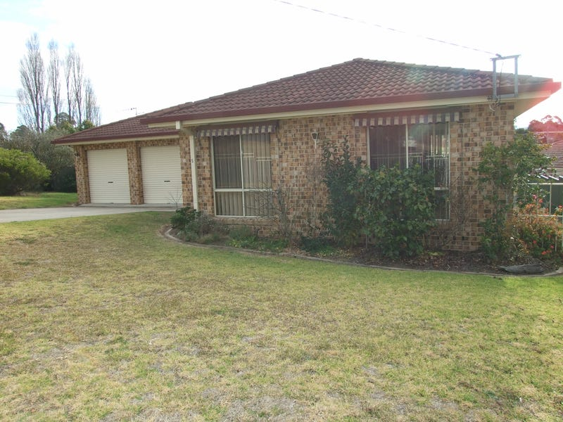 5 Stevenson Street, Bega, NSW 2550