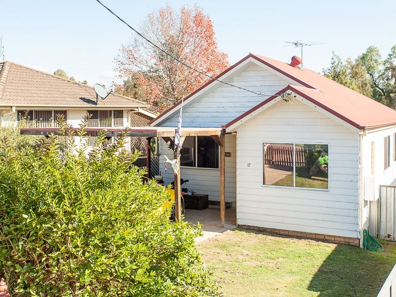 17 Elizabeth Street, Abermain, NSW 2326