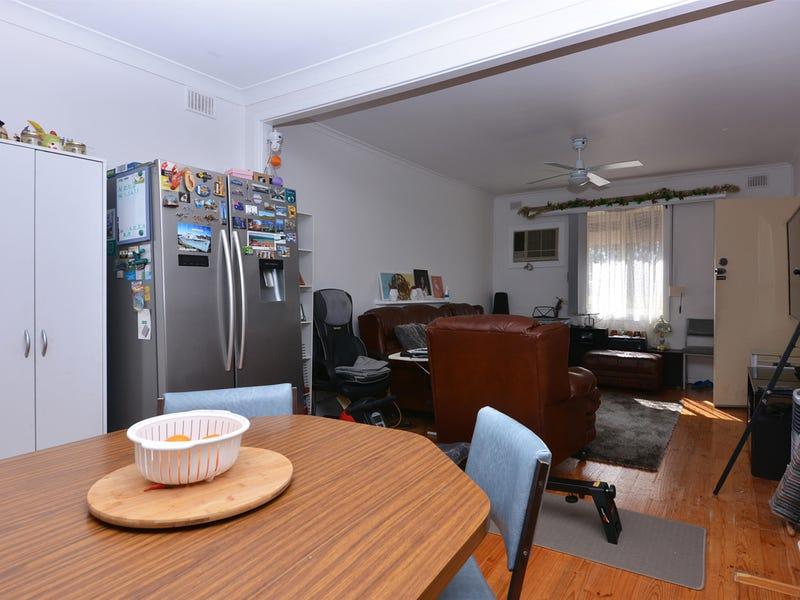 19 Sandery Street, Whyalla Stuart, SA 5608