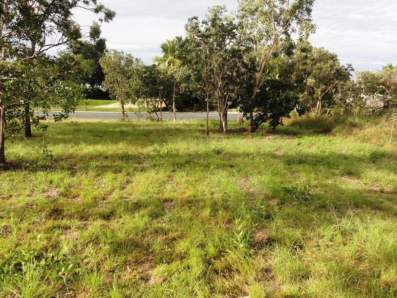 53 Gloucester Avenue, Hideaway Bay, Qld 4800