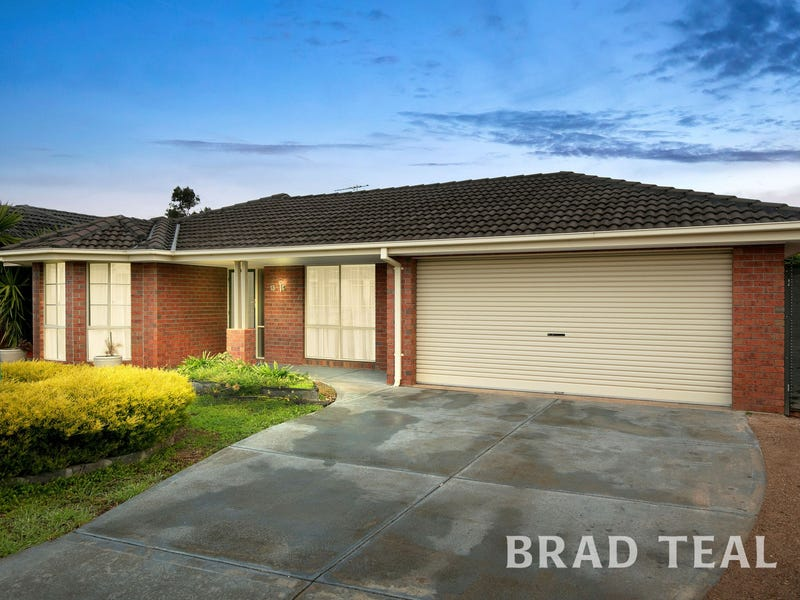 13 Tucker Place, Caroline Springs, Vic 3023