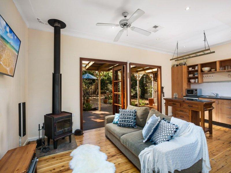 18 Bendena Gardens, Stanwell Tops, NSW 2508