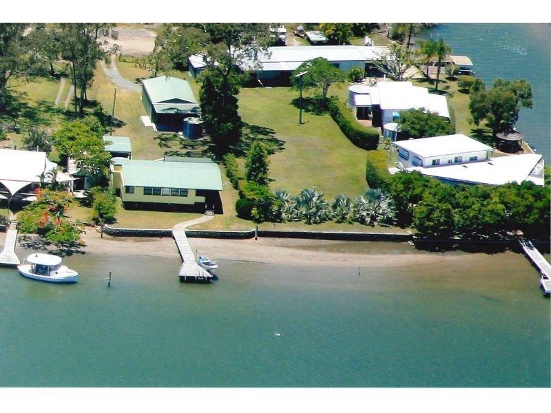 7 Noosa River Dr, Noosa North Shore, Qld 4565