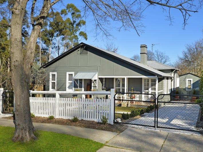 17 Holly Street, Bowral, NSW 2576
