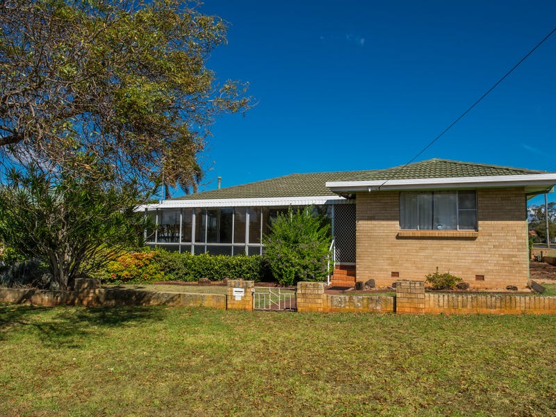 6 Corriedale Crescent, Harristown, Qld 4350