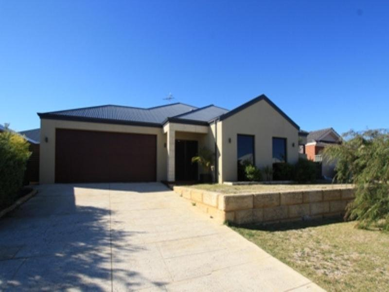 38 Clearwater Way, Singleton, WA 6175