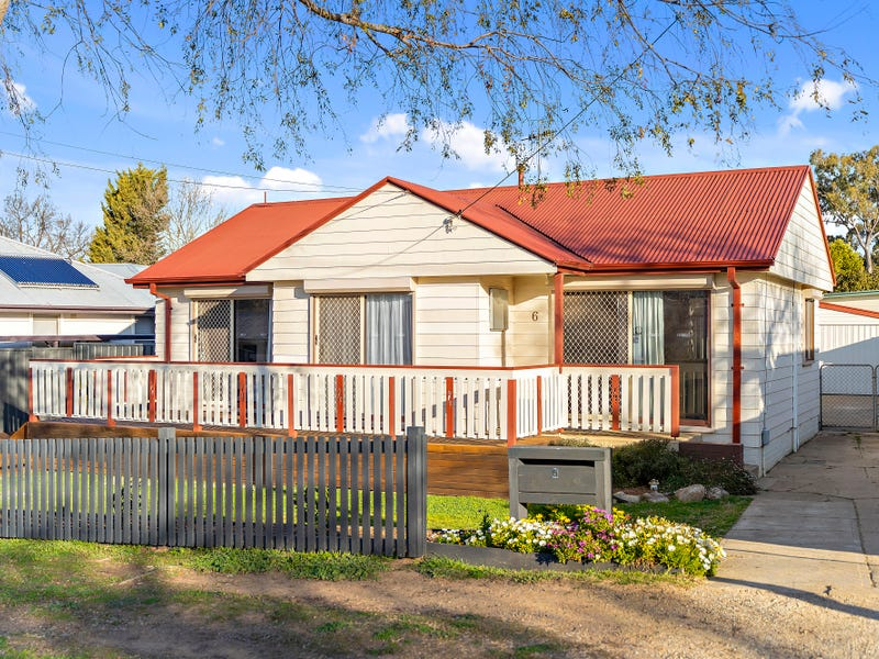 6 Margaret Street, Queanbeyan, NSW 2620